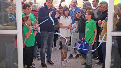 La Costa / Juan Pablo de Jesús inauguró el natatorio de Santa Teresita