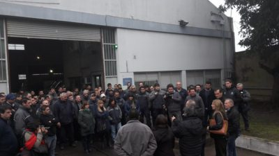 Los precandidatos del Movimiento Obrero en Unidad Ciudadana llevaron la campaña a La Plata
