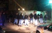 """La Plata / Se asustó al ver a la policía, la detectaron y al final estaba """"rellena"""" de bolsitas de cocaína"""