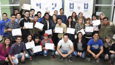 M. Argentinas / Apuestan a la inserción laboral de los jóvenes del distrito