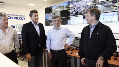 Con el eje puesto en seguridad Massa visitó Chivilcoy, el distrito del ex comisario Britos