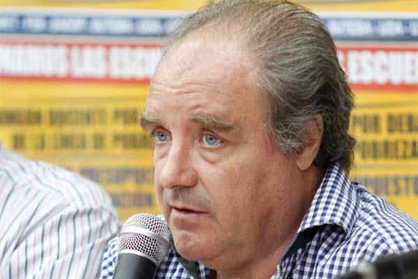 """Miguel Díaz: """"Finocchiaro, dijo que el 50% de las escuelas de la Provincia no están en condiciones para dar clases"""""""