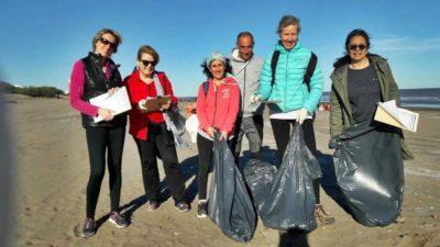 Monte Hermoso / Realizaron un Censo de Basura Costera y el plástico sigue siendo el principal residuo encontrado como hace 10 años atrás