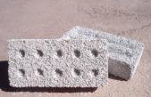 Provincia impulsa la elaboración de ladrillos con plástico reciclado