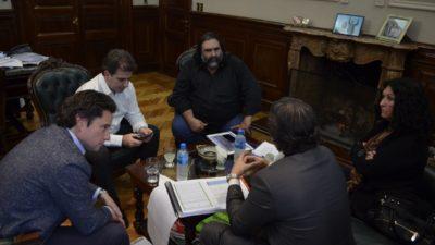 """Baradel se reunió con Ritondo ante los casos de """"amedrentamiento policial"""" en escuelas"""