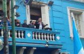 """Trabajadores de UOCRA salieron a la calle a bancar al """"Pata"""" Medina complicado con la justicia ¿Será detenido?"""