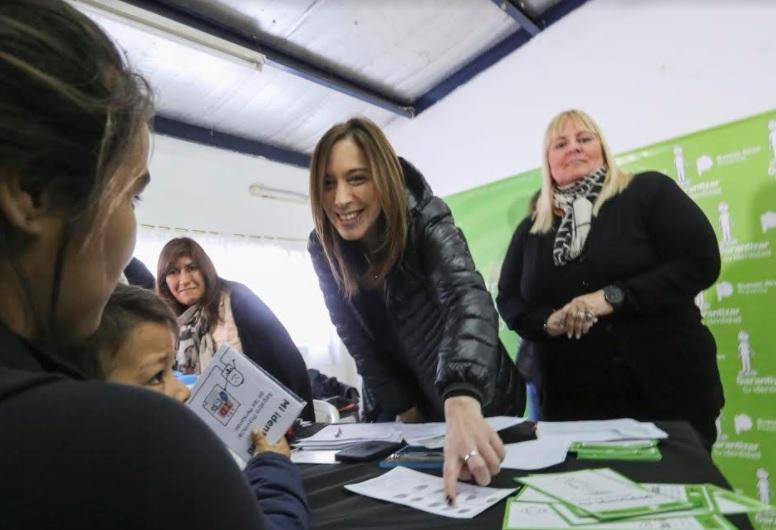 Vidal lanzó un programa para inscribir a 50 mil menores que no tienen DNI
