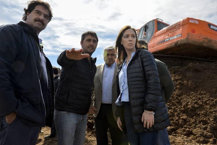 Con miles de hectáreas inundadas, Vidal recorrió Villegas y prometió obras claves para el Noroeste bonaerense