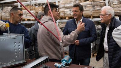 """Massa sigue con su recorrida por la provincia y su lema """"la defensa de la clase media y los trabajadores"""""""