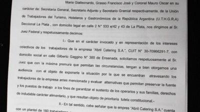 Conflicto en Abril Catering: Gastronómicos tuvieron una audiencia en el Ministerio de Trabajo y pidieron reunirse con el juez Armella