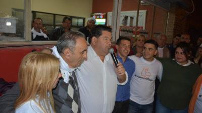 """Berisso / El intendente Nedela calificó de """"triunfazo"""" el resultado de la elección en su distrito"""