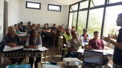 La Plata / 'Capacitación de Alto Impacto' a cooperativistas y empleados municipales