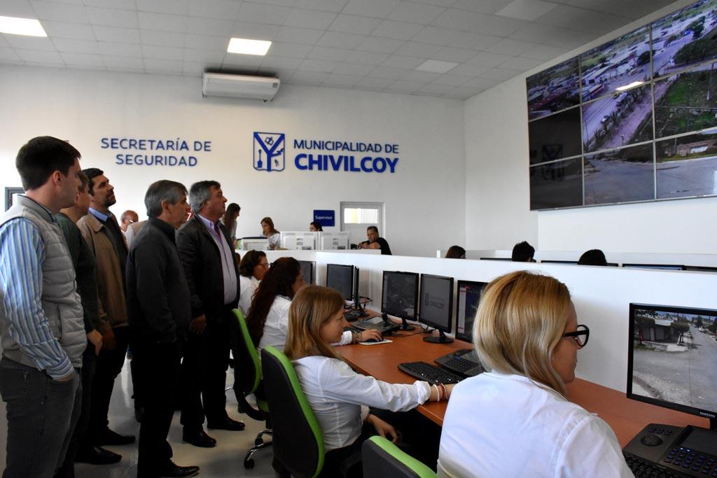 """Chivilcoy / Britos contra el gobierno """"no reeditar el Fondo de infraestructura municipal sería volver al látigo y la chequera"""""""