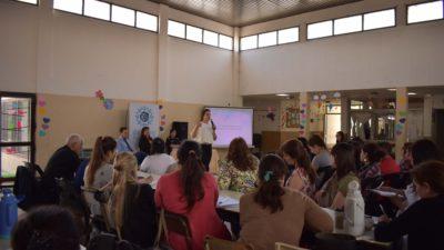Encuentro en General Rodríguez para concientizar sobre el acoso sexual virtual a niños y adolescentes