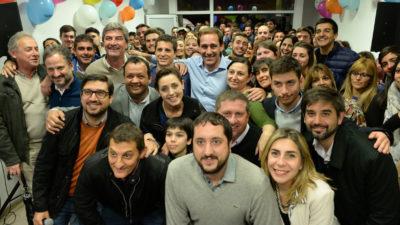 """La Plata / Garro inauguró un local en Gorina y lanzó """"cada vez somos más los que creemos que podemos cambiar la historia"""""""