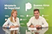 Cañuelas / Ritondo y Marisa Fassi firmaron un convenio para unificar la Policía Comunal y la Local