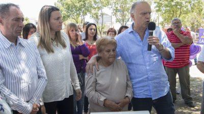 """Lanús / Se inauguró el espacio """"Ni una menos"""" en Plaza Giardino"""