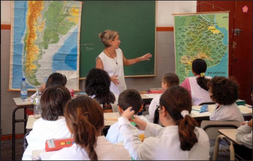 Quieren crear una materia para que los alumnos estudien la historia de sus ciudades en la escuela