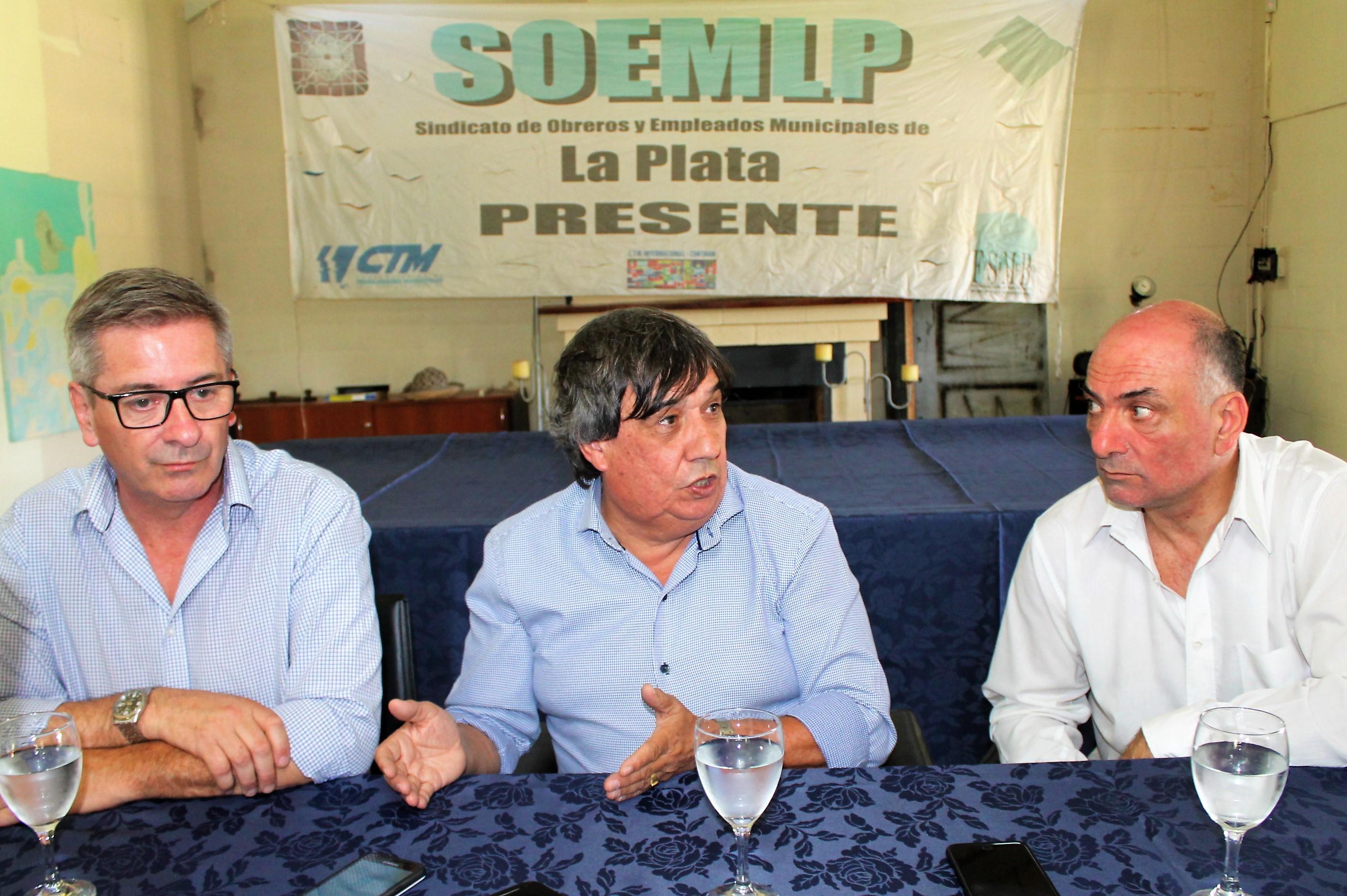 """Rubén """"Cholo"""" García encabezó un encuentro regional de sindicatos municipales en La Plata"""