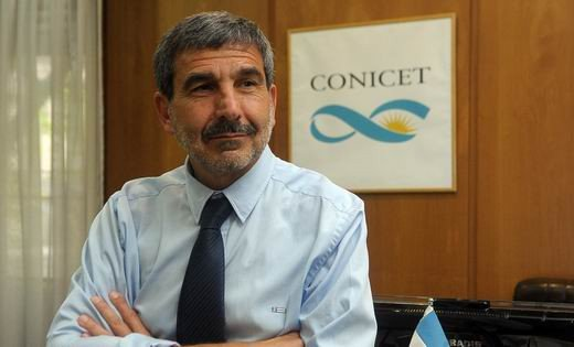 El ex presidente del CONICET, Roberto Salvarezza, recibió el Premio Houssay por su trayectoria