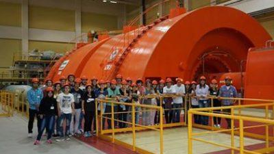 Alumnos bolivarenses viajaron a conocer la central nuclear ATUCHA