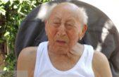 Reconocen a un jubilado de Coronel Suárez que cumplió 106 años