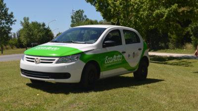 Ingenieros de la UNLP ponen en marcha el primer auto eléctrico de Latinoamérica