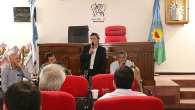 San Miguel / Méndez rápido para quedar bien con Vidal, adhiere a la nueva Ley de Régimen Provincial de Responsabilidad Fiscal Municipal