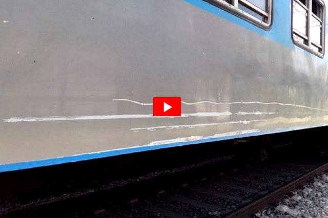 """VIDEO / Literalmente, los trenes pasan """"raspando"""" por el """"puente angosto"""" de Luján"""