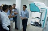 F. Varela / Watson presentó el nuevo mamógrafo en el CAPS Padre Gino