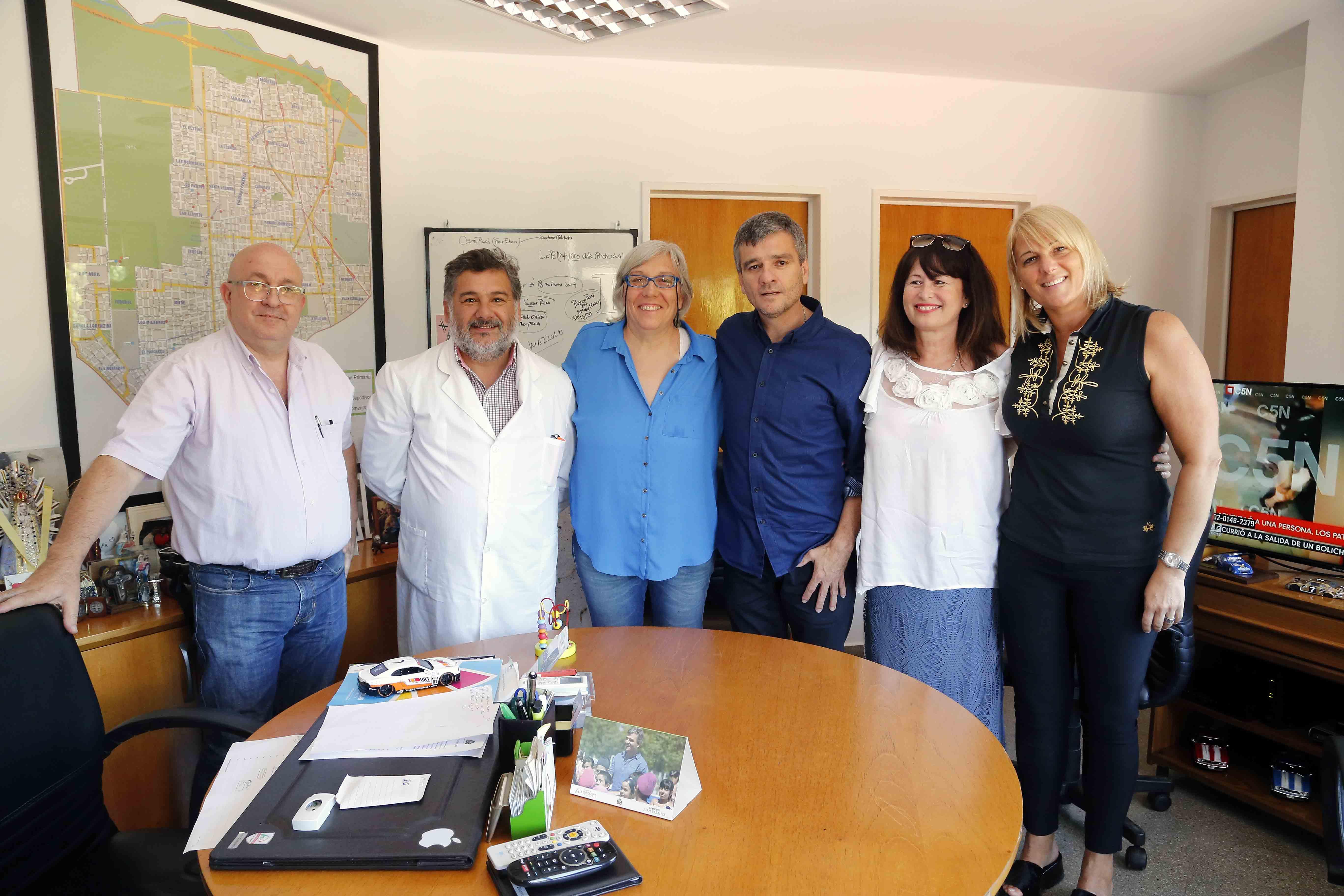 Hurlingham / Zabaleta firmó un convenio con el Colegio de Farmacéuticos para el desecho de medicamentos vencidos