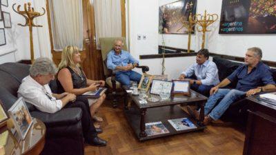Diputados y Senadores del FR se reunieron con autoridades docentes por la polémica resolución de Vidal