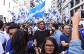 Muchos dirigentes peronistas y kirchneristas acompañaron a Moyano en la marcha