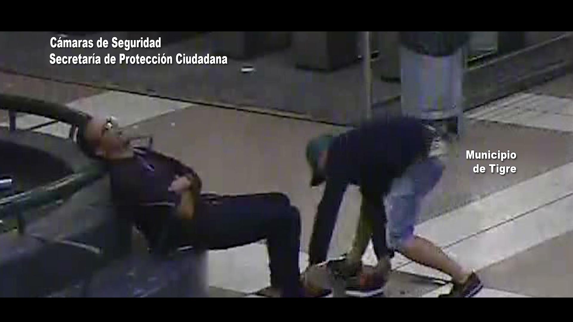 Tigre / Mira el video de como capturan a un chorro tras robarle la zapatillas a un dormido