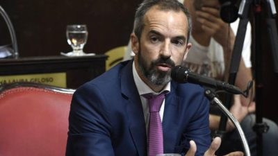 El anhelo de Dalton Jáuregui: busca extender a 15 días la licencia por paternidad