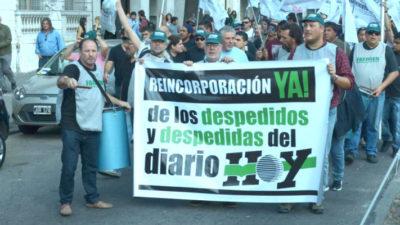 """Conflicto en Diario Hoy: """"Dicen que no nos pagan porque somos ociosos e infieles"""""""