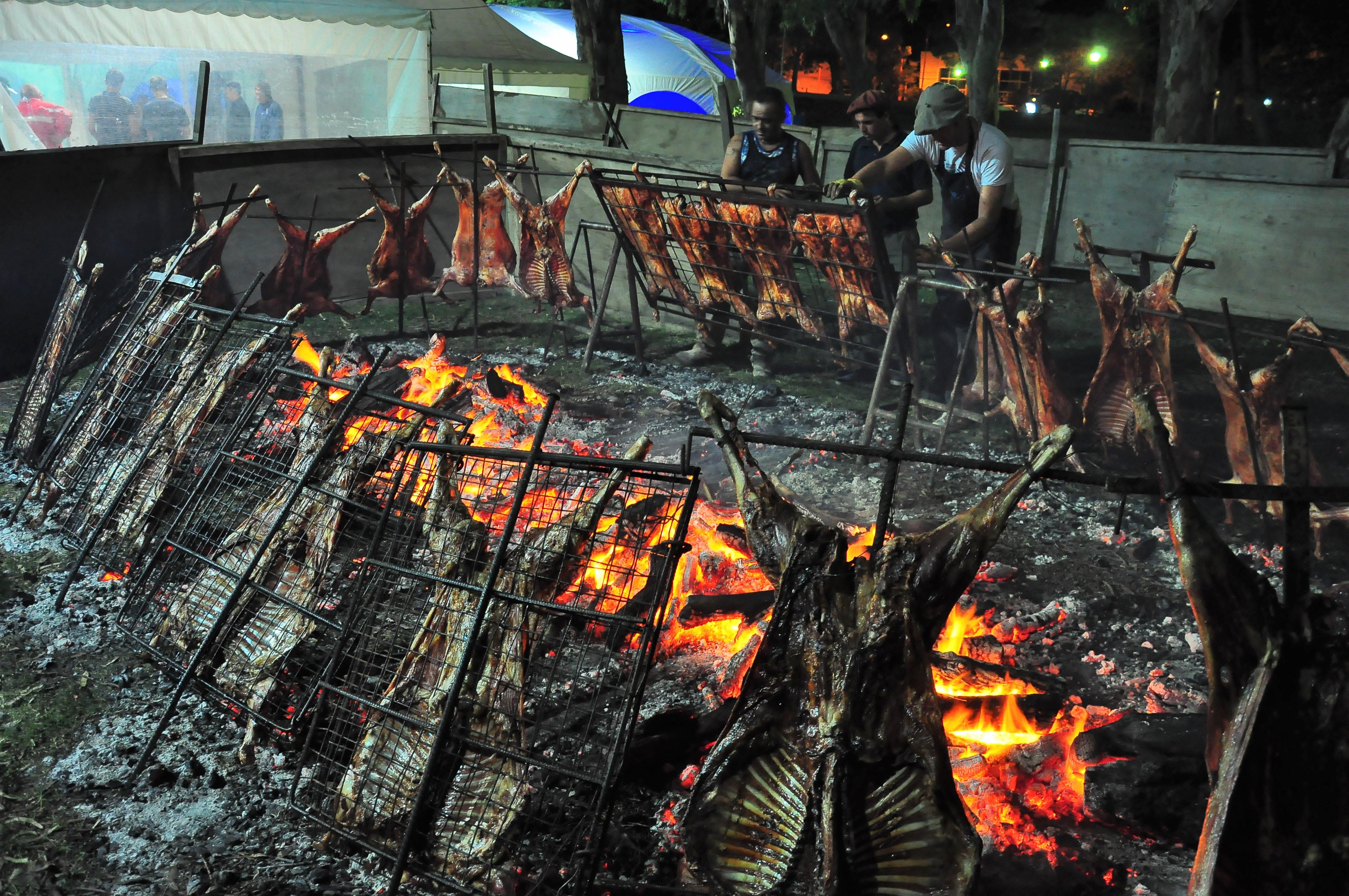 Monte Hermoso realiza el tradicional Cordero Pascual
