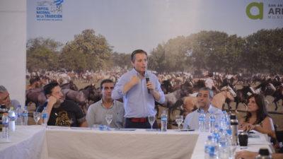 """Fernando Gray se quejó """"la provincia se entromete en la autonomía que tienen los municipios"""""""