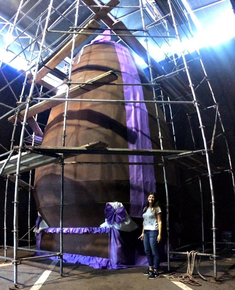 En Miramar preparan un huevo de pascua gigante de 3.700 kilos