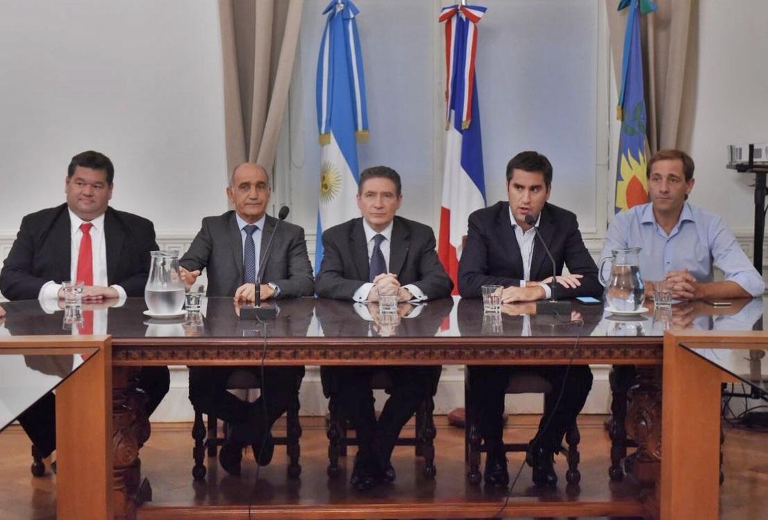 Para fortalecer el vínculo, el embajador de Francia visitó la cámara de diputados de la provincia de Buenos Aires
