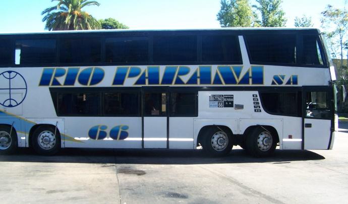 """Transporte """"inhabilitó definitivamente"""" a Río Paraná y le entregó sus rutas al grupo Vía Bariloche"""