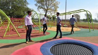 Passaglia recorrió obras en el Parque San Martín que serán inauguradas en la celebración del 270º aniversario de la ciudad