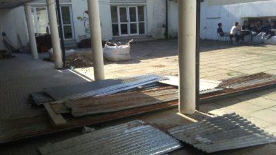 Alertan sobre el grave estado de las escuelas platenses, piden que el municipio se haga cargo