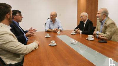 La municipalidad de Lanús firmó un convenio de pasantías con la Universidad Nacional de Avellaneda