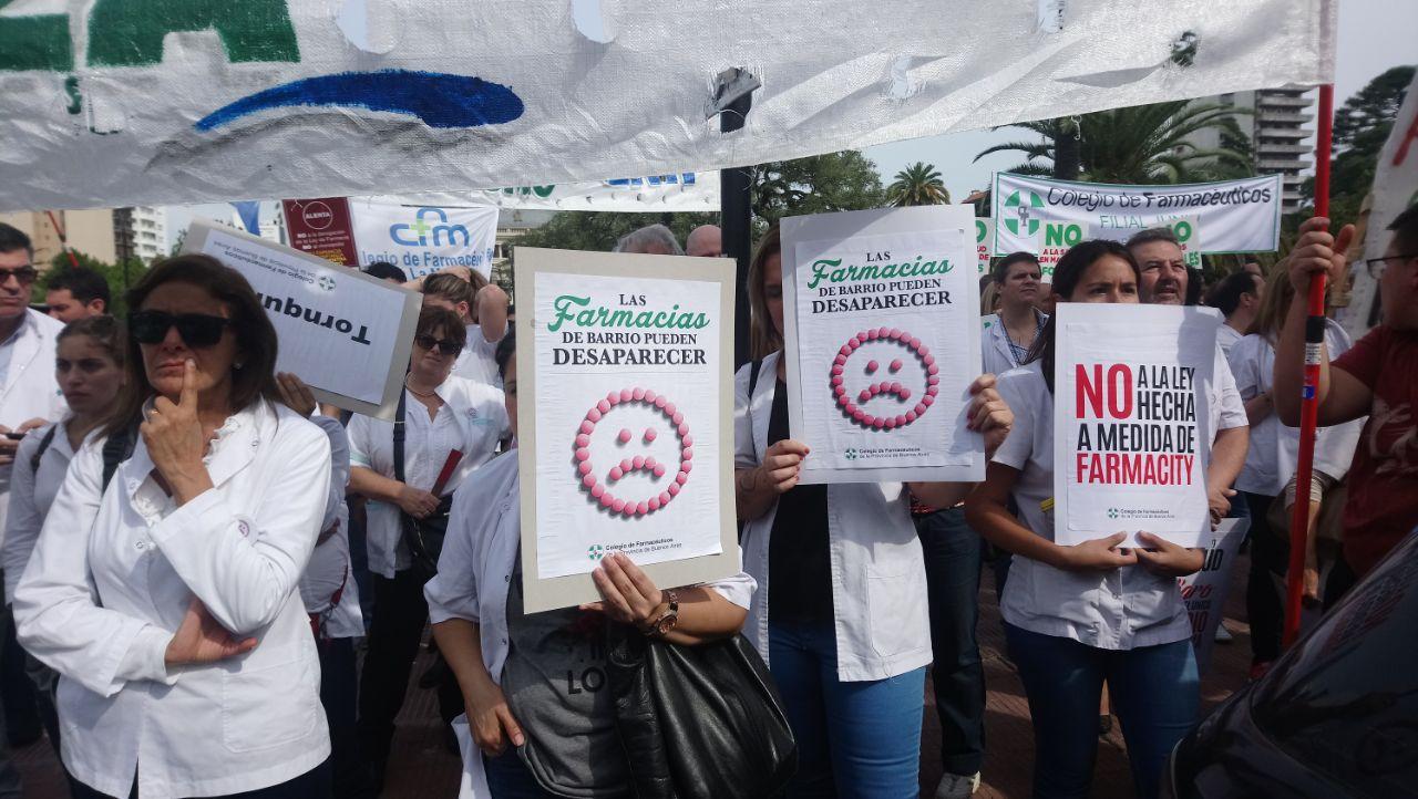 Marcha de farmaceúticos contra Farmacity