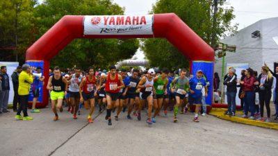 """Gral Rodríguez / Más de mil personas corrieron la maratón """"Chau polio ya"""""""