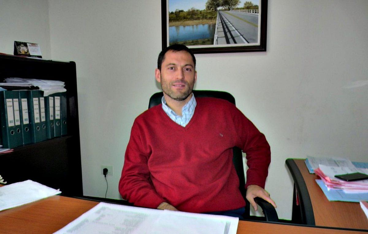 """Furia vecinal en Saladillo: un funcionario aconsejó """"dejar de tomar 10 cervezas y pagar el gas"""""""