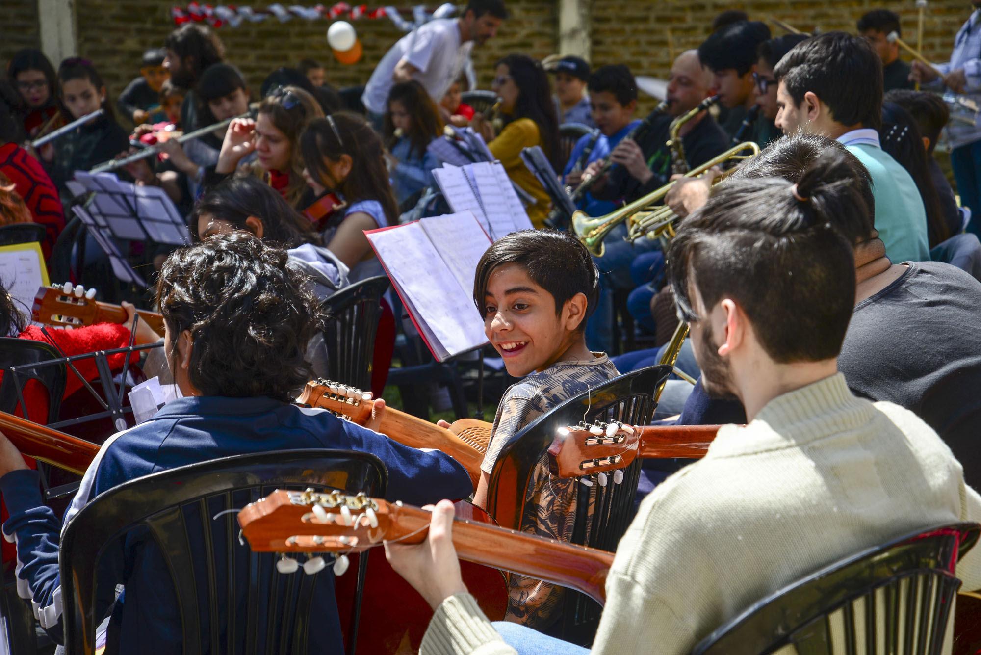 Arte, Escuelas y Comunidad: el programa que llega a todas las aulas de Morón