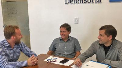 El intendente de La Costa se reunió con el Defensor del Pueblo para proteger el turismo