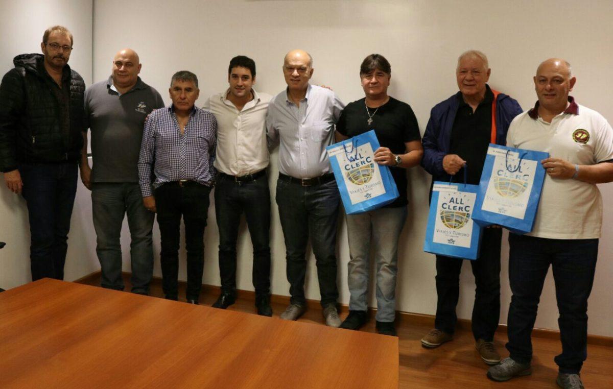 Lanús / El municipio entregó pasajes a ex combatientes para volver a Malvinas